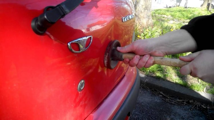 4 Simple Ways To Remove Smaller Dents From Your Car – CarLock
